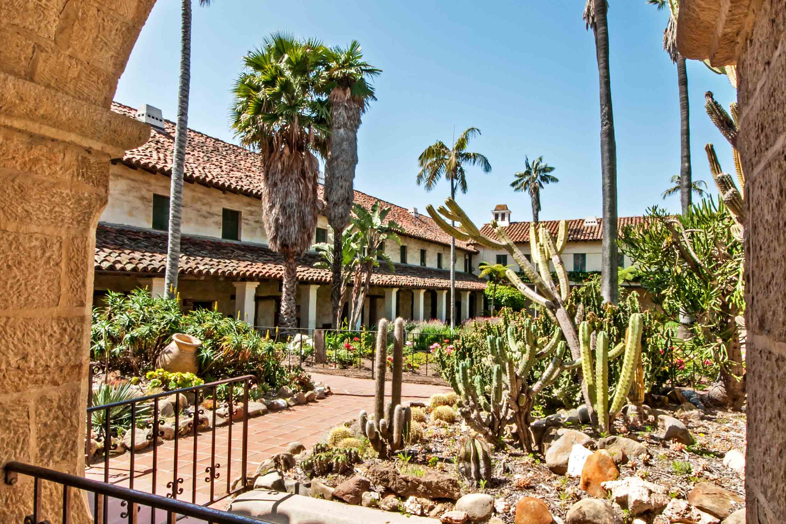 Santa Barbara tours and art classes | Arts & Culture